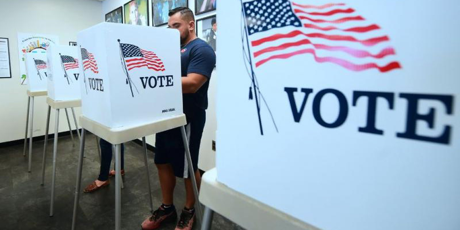 Early voting in Norwalk, California. Photo: Getty Images.